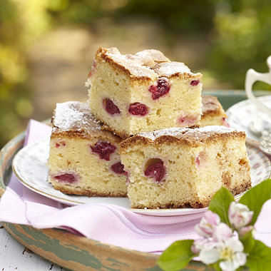 White Chocolate & Raspberry Blondies