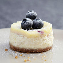 Mini Blueberry and Vanilla Cheesecakes