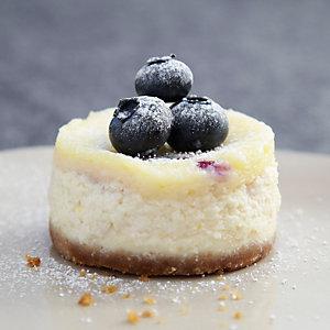 Mini Blueberry and Vanilla Cheesecakes