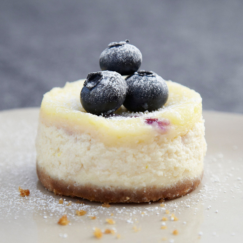 Mini Blueberry and Vanilla Cheesecakes in Cake recipes at Lakeland