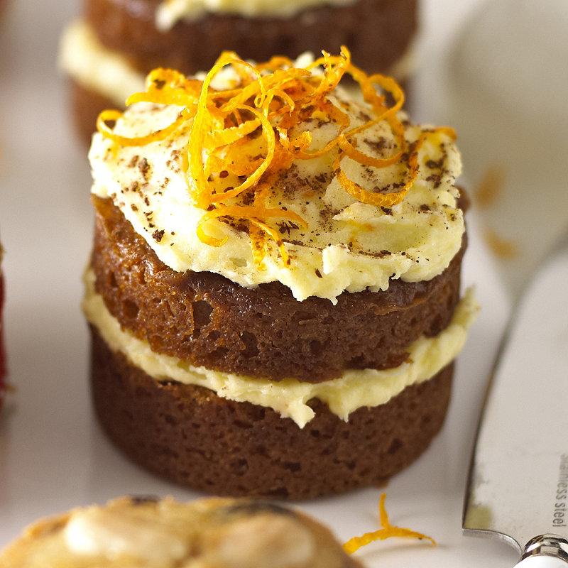 Mini Ginger Cakes in Minibites recipes at Lakeland