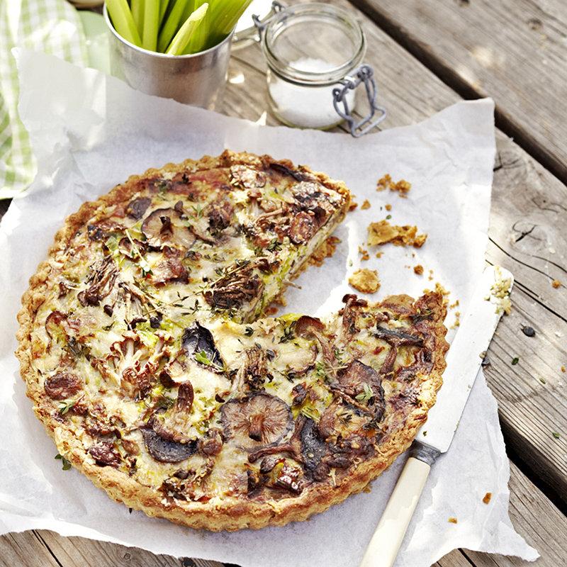 Picnic Basket Lakeland : Mushroom tart picnic recipes lakeland