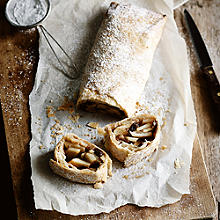 Spiced Apple & Pear Strudel