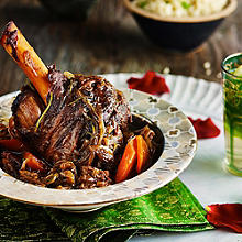 Slow Cooked Moroccan Lamb Shanks With Caramelised Onions