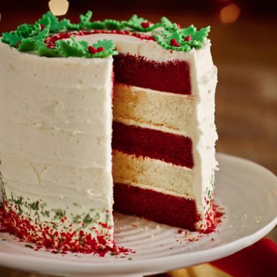 Red Velvet & White Chocolate Layer Cake With White ...