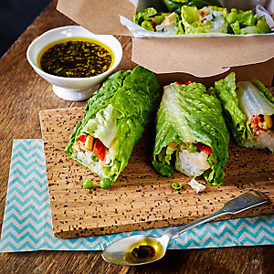Crunchy Lettuce Wraps With Chicken & Oriental Dressing