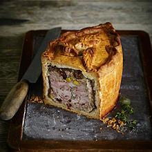 Chicken & Ham Pie With Savoury Pork Stuffing