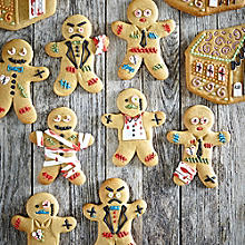 Gingerbread Zombies & Haunted Houses