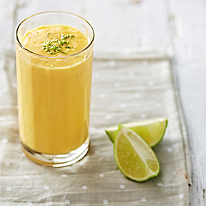 Mango, Pineapple & Lime Smoothie