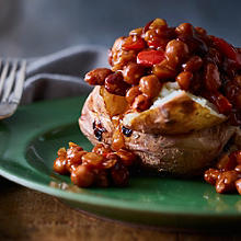 Baked Potatoes with Barbecue Beans