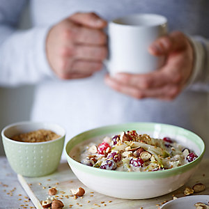 Joe Wicks's pear and cranberry overnight oats