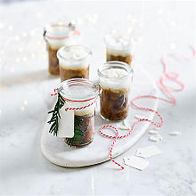 Mini Christmas Cakes in Jars