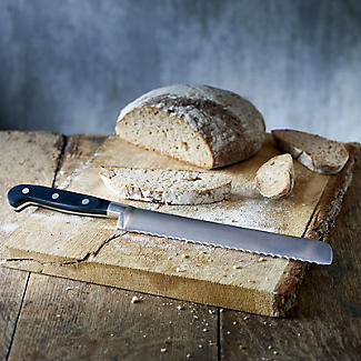 Lakeland Fully Forged Stainless Steel  Bread Knife 22cm Blade alt image 2
