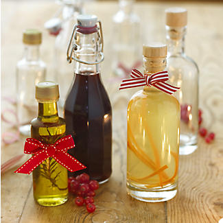 Square Glass Oil & Drinks Gifting Bottle & Cork Stopper 250ml alt image 2