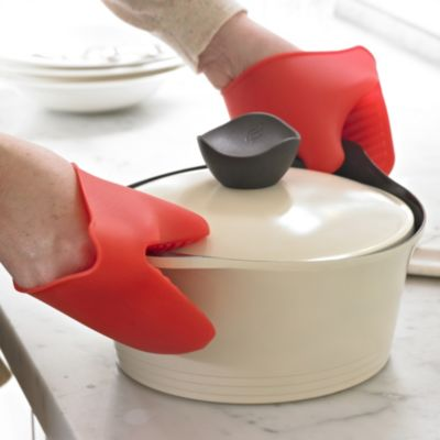 2 Silicone Hot Pot Grabbers Lakeland
