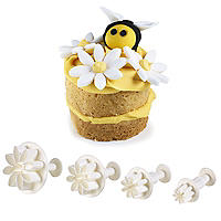 4 Mini Fondant Icing Cutters - Daisy Flower Shaped