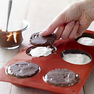 Chocolate Teacake Mould alt image 5