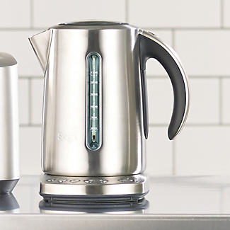 Sage The Smart 1.7L Kettle BKE820UK alt image 2