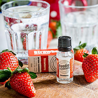 Foodie Flavours Natural Flavouring - Strawberry 15ml alt image 2