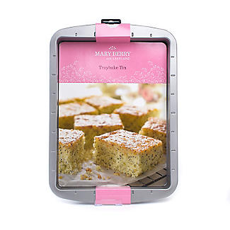 Mary Berry with Lakeland Traybake alt image 6