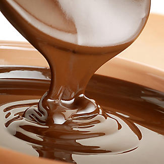 900g Belgian Milk Chocolate Drops For Fountains & Baking alt image 2