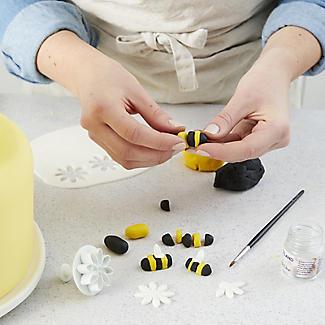 Lakeland Cake Decorating - Food Safe Edible Glue 25ml alt image 4