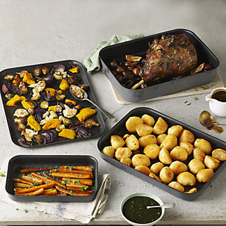 Hard Anodised Deep Roasting Tin 37 x 27cm alt image 2