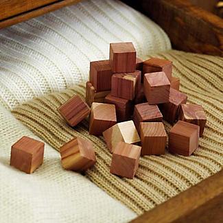24 Drawer Freshener Cedar Cubes alt image 2