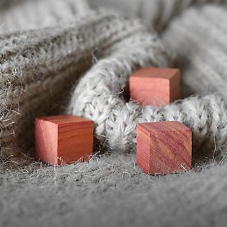 24 Drawer Freshener Cedar Cubes alt image 3