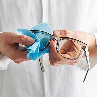 Lakeland Original Optical Lens Wipes x 24 alt image 2
