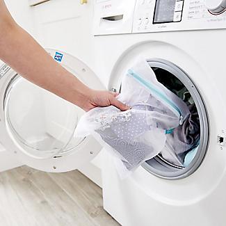 4 White Mesh Net Washing Bags - Various Sizes alt image 5
