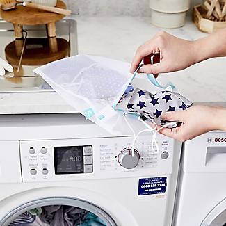 4 White Mesh Net Washing Bags - Various Sizes alt image 6