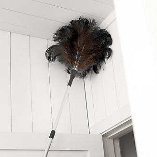 Telescopic Ostrich Feather Duster alt image 2