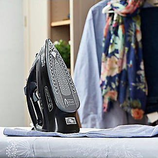 Tefal Ultraglide Anti-Calc Steam Iron FV2660 alt image 3