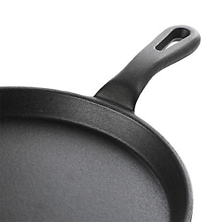 Prue's World All-Purpose Cast Iron Flat Pan alt image 4