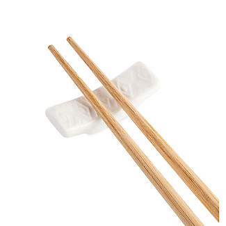 4 Pairs Prue's World Bamboo Chopsticks with Ceramic Rests alt image 5