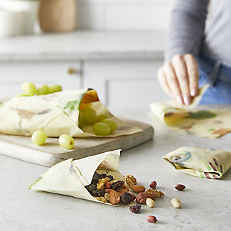 Lakeland BeeBee Reusable Beeswax Food Wraps Woodland – Family Pack of 5 alt image 2