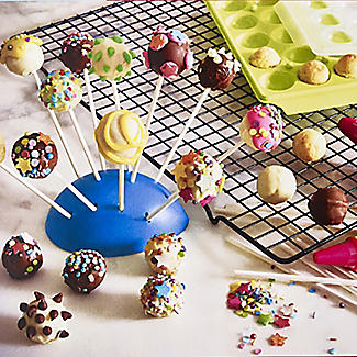 Lakeland Cake Pop Silicone Mould and Accessories Gift Set alt image 3