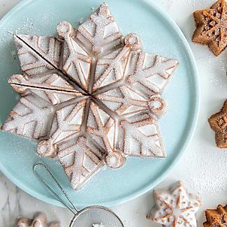 Nordic Ware Frozen Snowflake Pan alt image 2