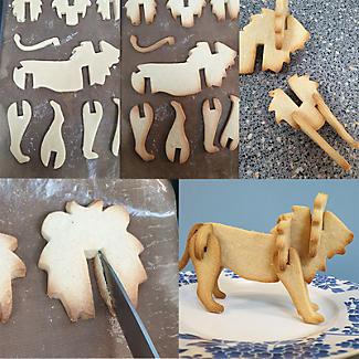 Bake-and-Build 3D Giraffe Cookie Cutter alt image 4