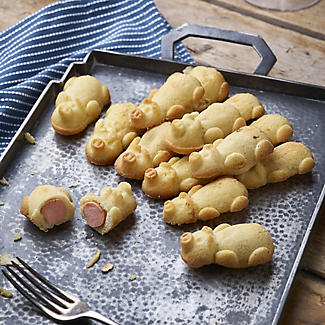 Silicone Pigs in Blankets Savoury Canapé Mould alt image 2