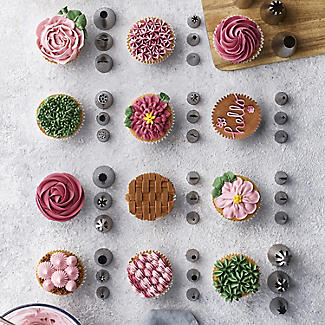 3 Large Cupcakes Icing and Piping Nozzles alt image 2