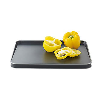 Joseph Joseph Cut and Carve Plus Multi-Function Chopping Board Black alt image 4