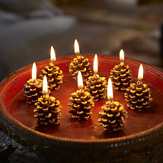 9 Pine Cone Candles