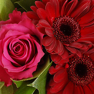 Burgundy Bouquet with free express delivery alt image 2