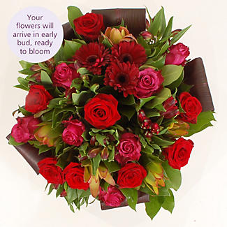 Burgundy Bouquet with free express delivery alt image 3