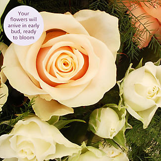 Peaches and Cream Bouquet With Free Express Delivery alt image 3