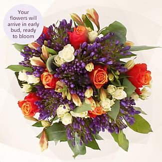 Summer's Day Bouquet With Free Express Delivery alt image 3