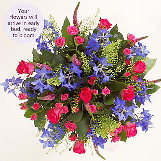 Hot Pink Bouquet With Free Express Delivery alt image 3