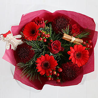 Very Berry Bouquet with Free Express Delivery alt image 3